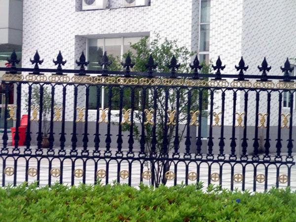 漂亮铁艺围栏