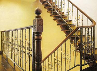 铁 艺楼梯