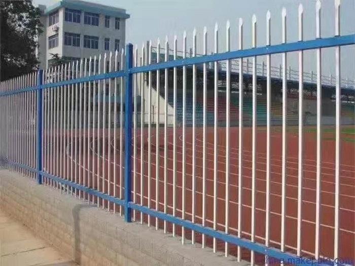 校园 栅栏