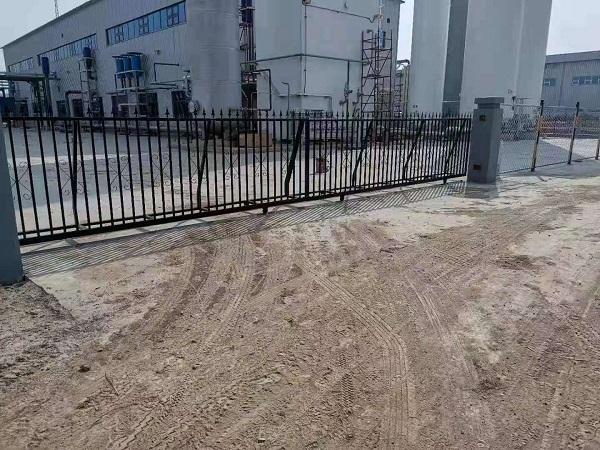 呼市化工厂施工现场、南岸国际小区施工现场